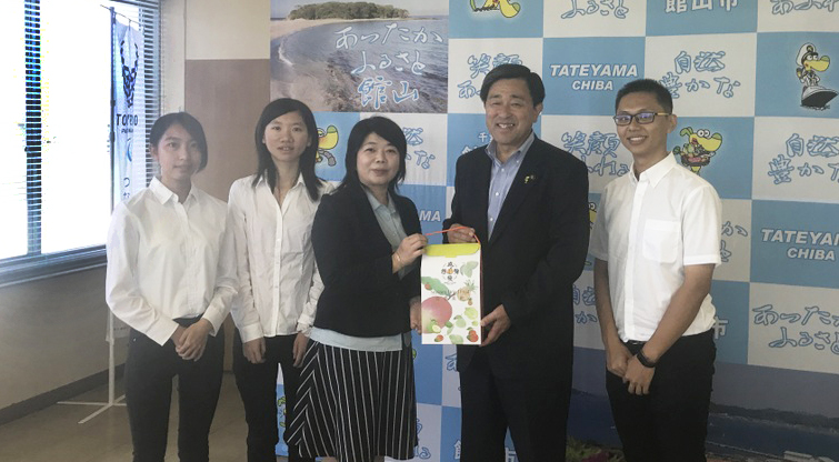 Students of the Department of Food Science Interned in Japan