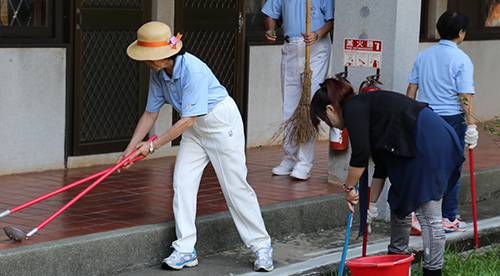 Clean Up the World Weekend kicks off Tunghai's Flamegold Environmental Month