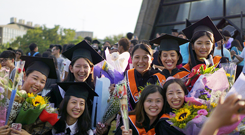Chairman Evans Tu to Tunghai graduates: Stand ready and RUN