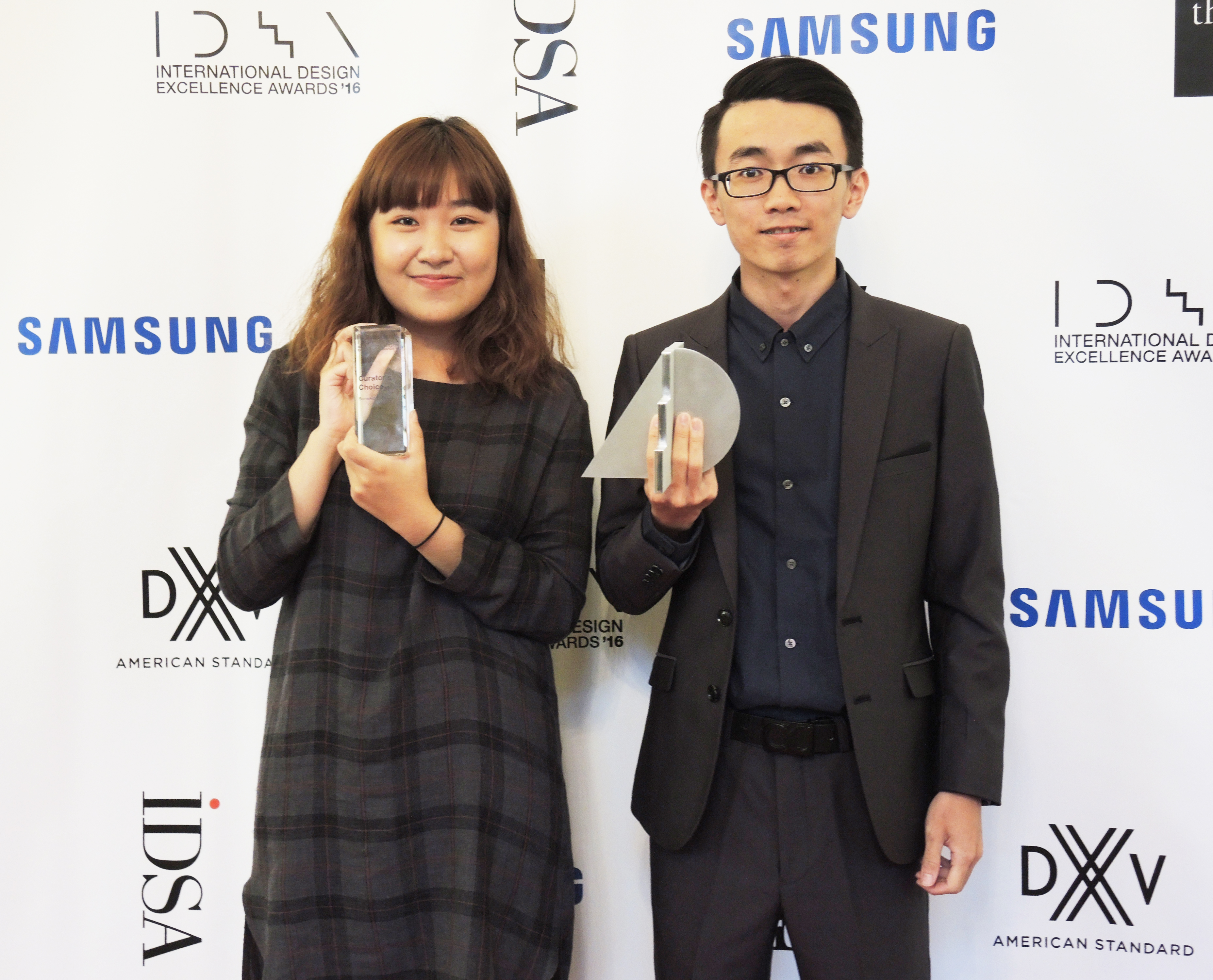 Three students of the Department of Industrial Design of Tunghai University, Yu-Chi Wang, Yu-Man Huang, and Chia-Ling Chen, received a gold medal in the Student Design category as well as the Curator's Choice Award at the 2016 International Design Excellence Awards (IDEA) on August 17, 2016. The IDEA is a premier international design competition sponsored annually by the Industrial Designers Society of America (IDSA).