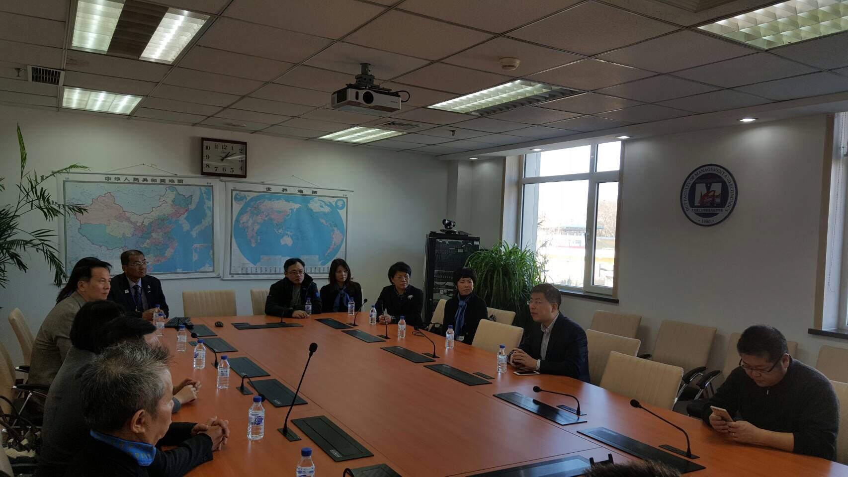 EMBA went to Dalian University of Technology for teaching for the second time