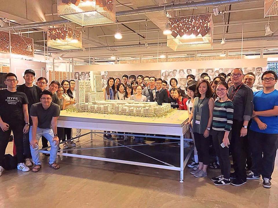 Professors Lin-Wei Chen, Shao-Yu Huang, Meng-Chi Hsueh, and Diing-Shyang Kao of the Department of Architecture led thirty juniors to visit Tunghai sister university, Malaysia University of Tunku Abdul Rahman (UTAR), for a joint design course.