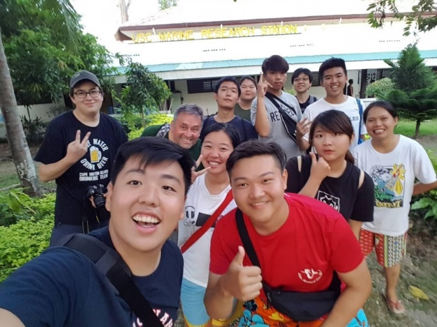 Tunghai Diving Club students and Sustainability Science & Engineering Program students returned on 1 October, 2018 from their week-long trip to the Philippines.